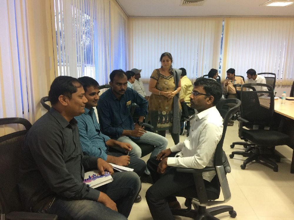 group-discussions–extension-education-institute-min