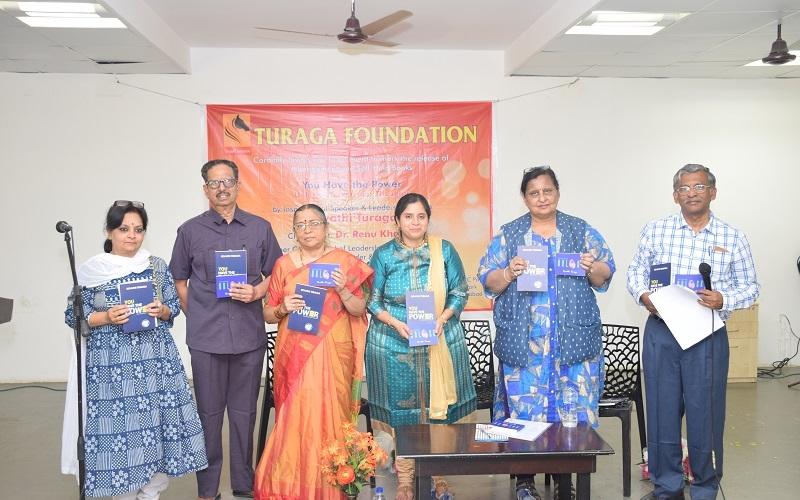 book-launch-by-dr.-renu-khanna-on-25nov2018